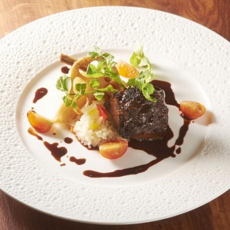 牛ホホ肉の赤ワイン煮込み-001